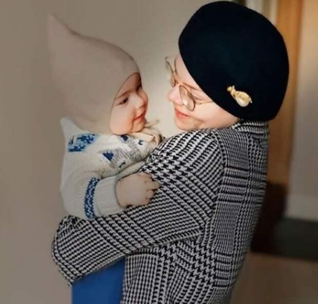 Соседи уверены, что теща Петросяна поехала в Москву, чтобы помочь во второй беременности