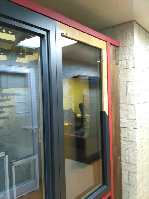 Компромисс в оконной индустрии – дерево-алюминиевые окна