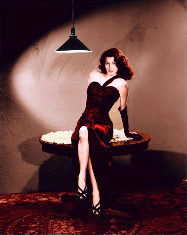 Колоризированные фотографии великолепной Авы Гарднер.