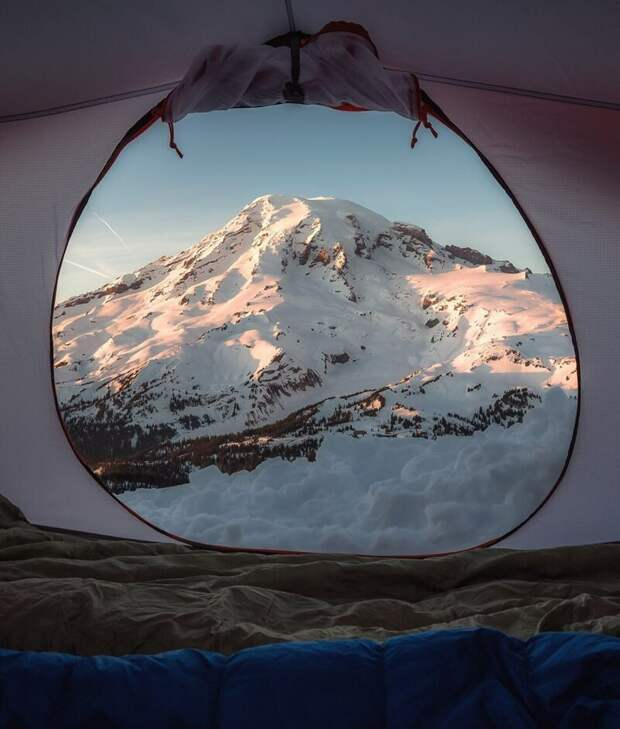 Действующий вулкан Бейкер (штат Вашингтон, США). альпинизм, горы, зима, палатка, пейзаж, рассвет, снег, туризм