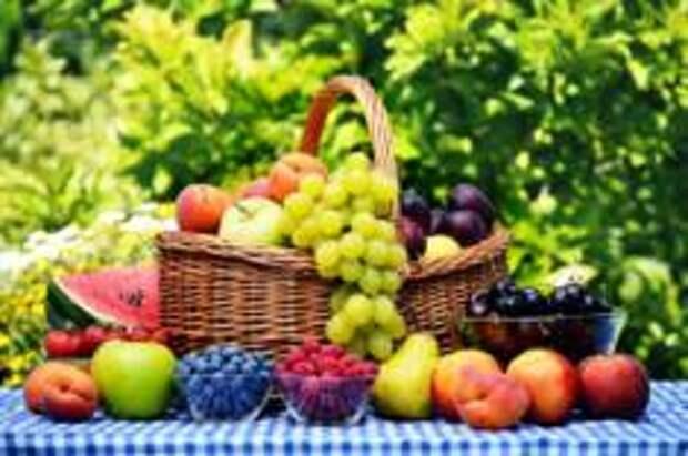 Приближаем лето: блюда с сезонными фруктами