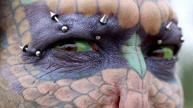 """Трансгендерная """"леди-дракон"""" рассказала, как диагноз ВИЧ подвиг ее на перевоплощение в рептилию"""