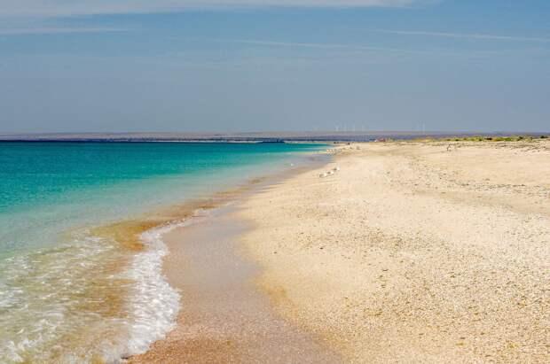 Почти все пляжи Севастополя не соответствуют требованиям