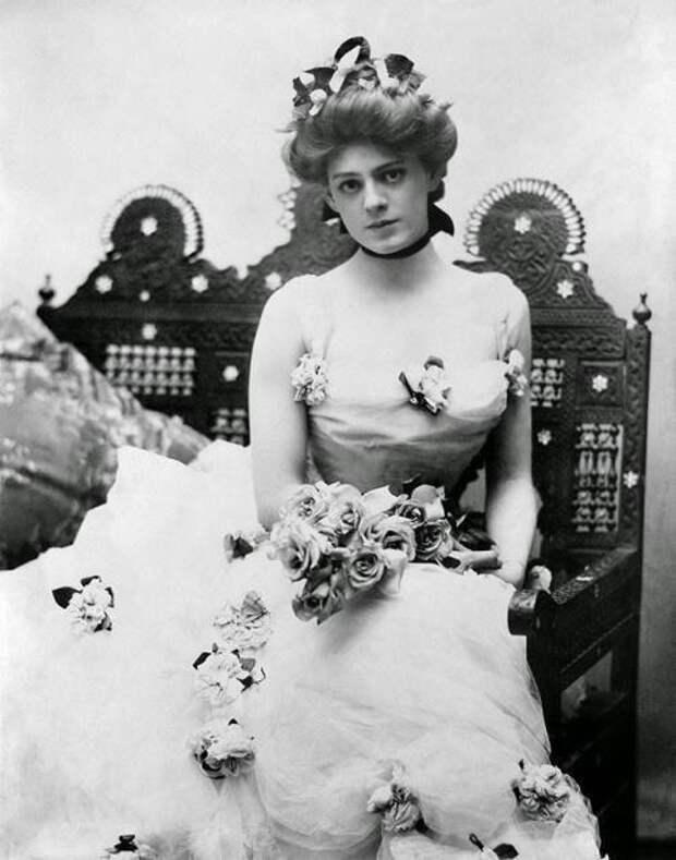 Этель Бэрримор - амepиканская актриса, которая отвергла предложение Уинстона Чepчилля стать его женой