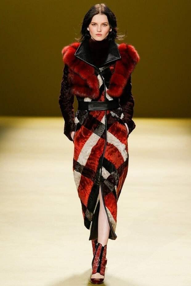 Пэчворк от сапог до пальто: как носить модную одежду из лоскутной мозаики 2020-2021 зимой