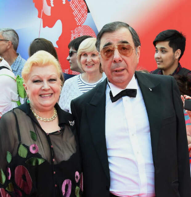«Угрожали и грубили»: соседи о Наталье Дрожжиной и Михаиле Цивине