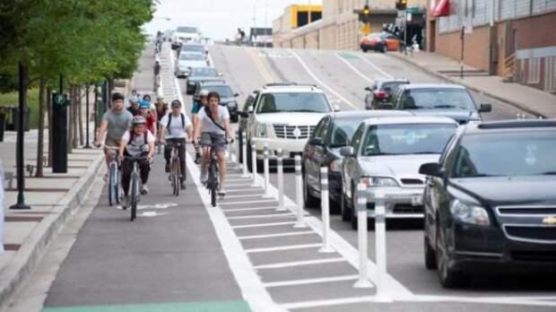 В США удвоилось количество защищенных велосипедных дорожек