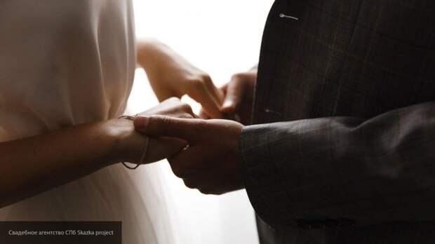 Свадьба в США обернулась 123 новыми случаями коронавируса