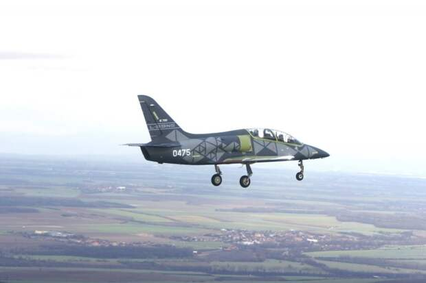 First L-39NG trainer and light attack aircraft makes first flight