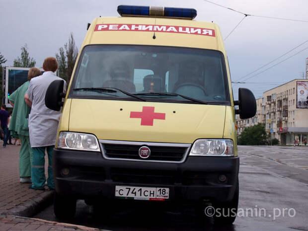 10-летняя девочка в Ижевске выпала из окна второго этажа
