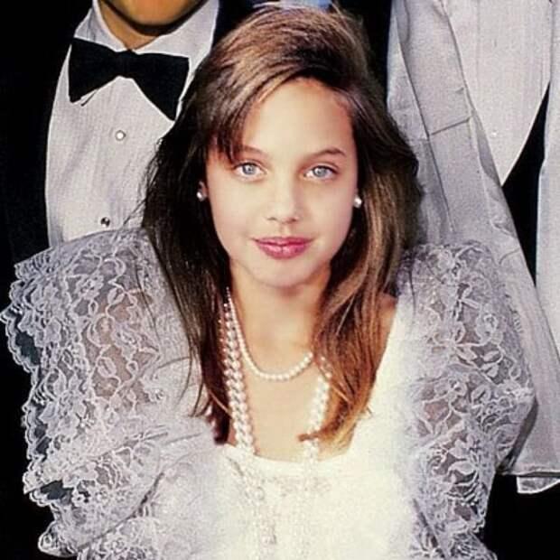 Анджелина Джоли (фотография 1986 года)