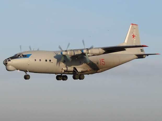 Antonov An-12BK, Russia - Air Force AN1319672.jpg