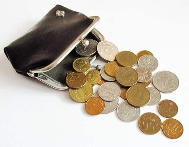 Минфин предложил пополнить бюджет за счет роста взносов с зарплат и акцизов на сладкие напитки