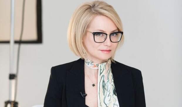 Советует Эвелина Хромченко: 5 летних хитростей для стильных леди