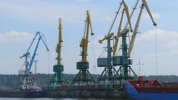 Белоруссия поворачивается на российскую Усть-Лугу