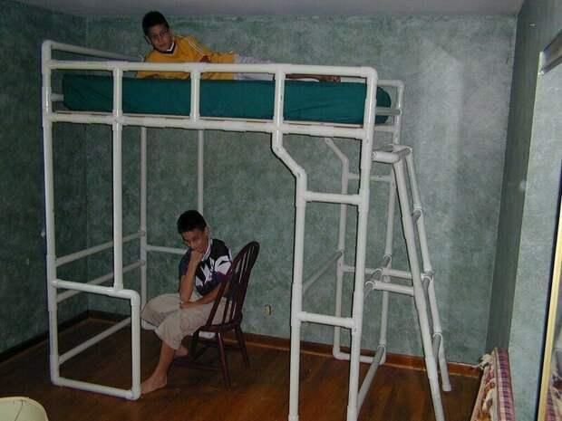 Двуспальная кровать изобретательность, пвх, пвх-изыски, пвх-трубы, подборка, прикол, юмор