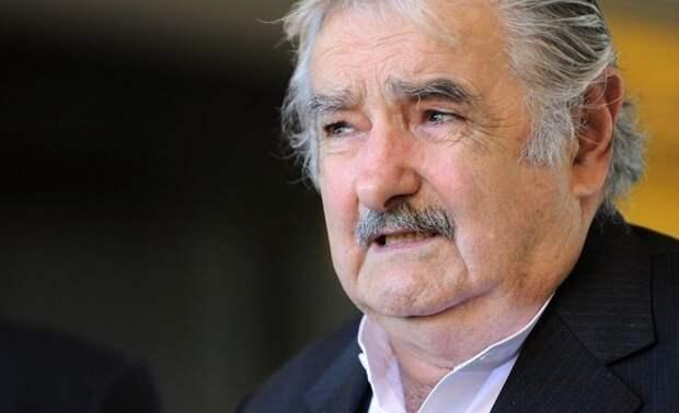Самый бедный экс-президент в мире отказался от пенсии