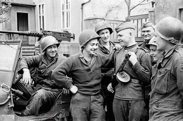 «Дружественный огонь» в Берлине: почему американцы стреляли в советских солдат
