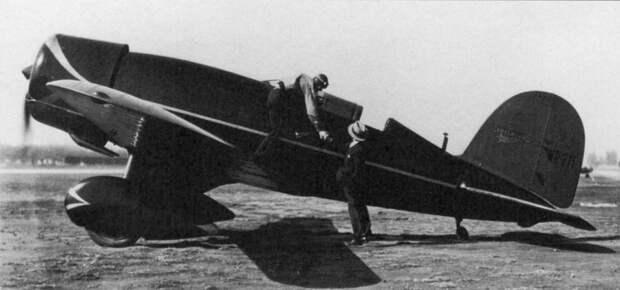 Lockheed Sirius / Altair 8