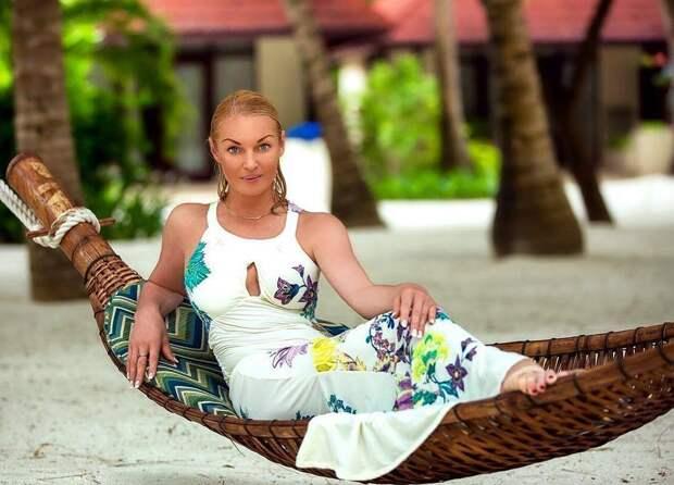 Анастасия Волочкова разочаровала поклонников своим танцем