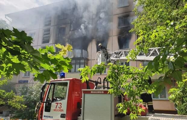 При взрыве в московской многоэтажке пострадали люди