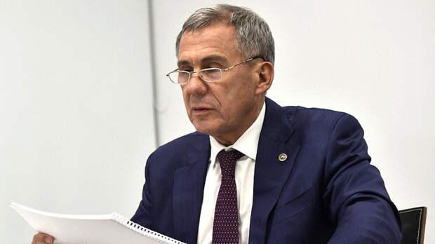 Глава Татарстана Минниханов сделал прививку от коронавируса