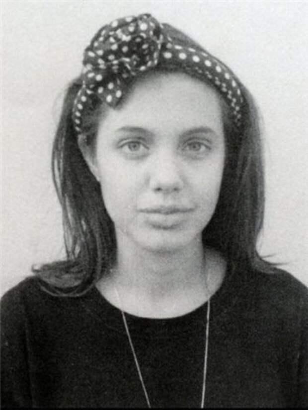 Анджелина Джоли (фотография 1989 года)