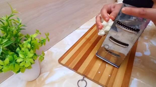 Натрите цветную капусту — этим блюдом вы удивите своих родных