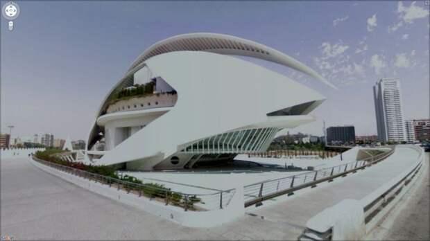 Неординарные снимки из сервиса Google Street View (47 фото)