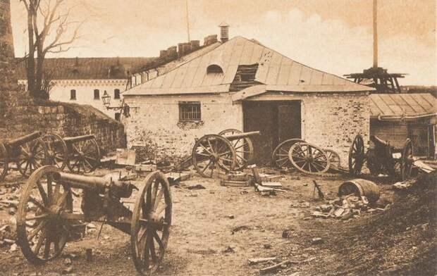 Выборгский замок в 1918 году. <br>