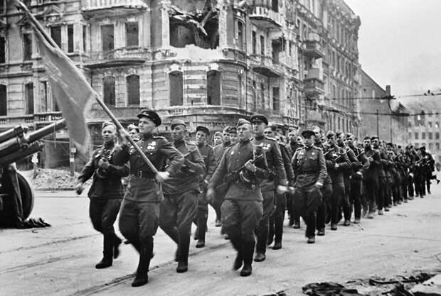 Почему парад союзников в Берлине 7 сентября 1945 года называют «забытым» (ФОТО)