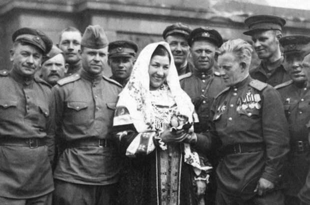 Лидия Русланова: за что звезду советской эстрады посадили в ГУЛАГ