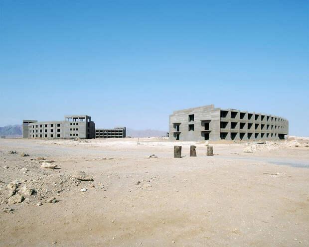 Заброшенные отели в египетской пустыне выглядят так, будто они с другой планеты