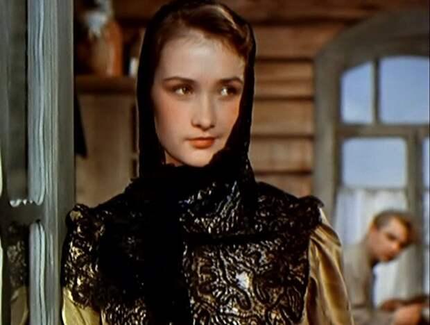 Тихий Дон(1958 г.) - Наталья Мелехова Зинаида Кириенко, актрисы, день рождения