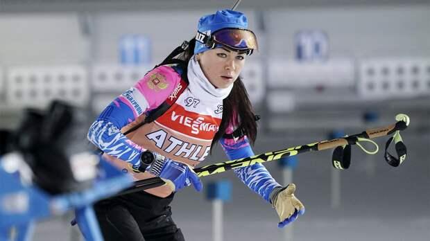 У сборной России очередной провал. Биатлонистка Куклина промахнулась 10 раз в пасьюте и финишировала последней