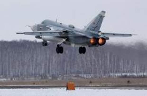 Взлет Су-24М. Фото Алесея Китаева
