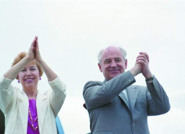Диктатура жены навредила Горбачёву