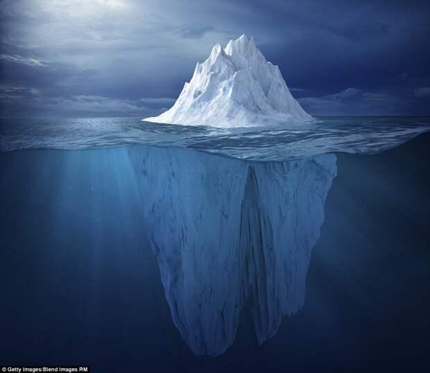 8 невероятных фото самых древних в мире айсбергов
