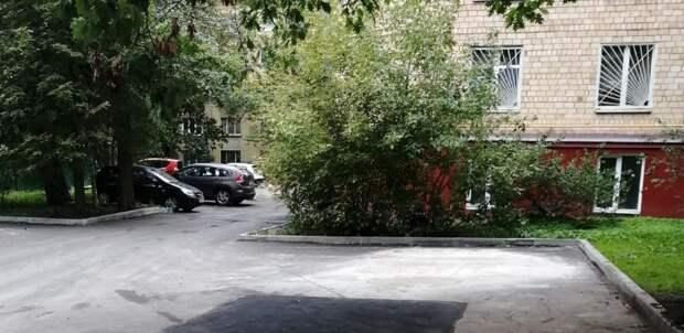 Во дворе дома в Юрьевском переулке восстановили благоустройство после ремонта