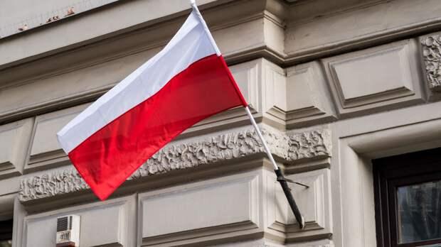 Канал через Балтийскую Косу: СМИ признали бесполезность маршрута в обход РФ