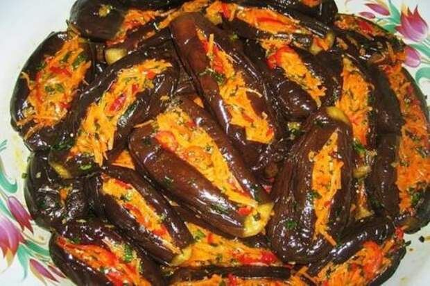 Зимний вариант фаршированных баклажанов в маринаде с овощной начинкой