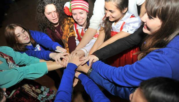 В Подмосковье закрылся Всероссийский межнациональный лагерь молодежи «Поколение»