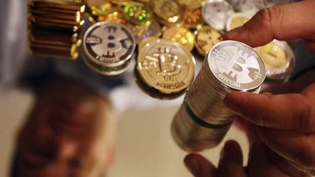 Минфин объяснил, почему рубль лучше любой криптовалюты