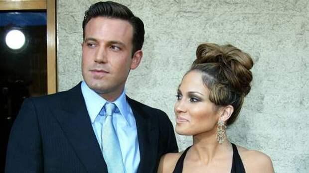 «Она не вернула его Аффлеку»: что стало со знаменитым обручальным кольцом Дженнифер Лопес стоимостью 12 миллионов долларов