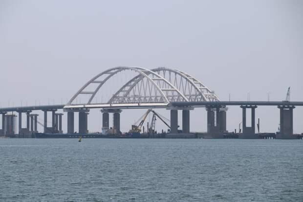 Движение по Крымскому мосту открыли после 20-минутной противопожарной тренировки