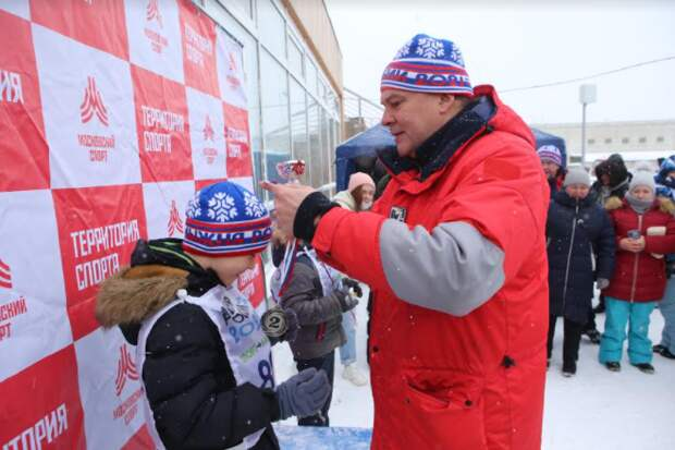Более 200 человек в ЮВАО приняли участие в «Лыжне России» / Фото: Ярослав Чингаев