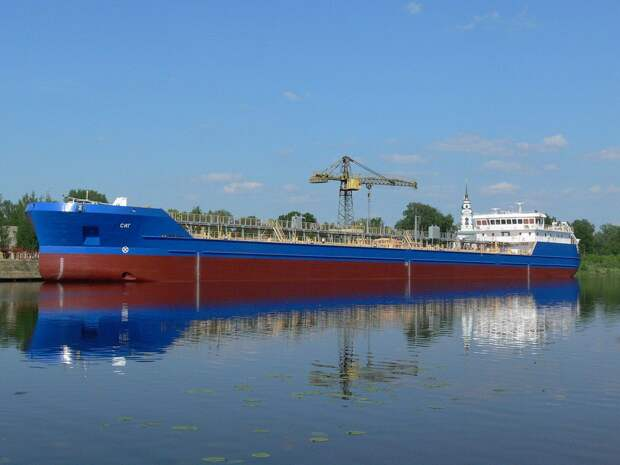 Российские корабли в Днепре вызвали панику в Киеве