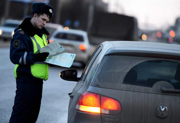 5 незаконных требований ГАИшника, которые водитель не обязан выполнять