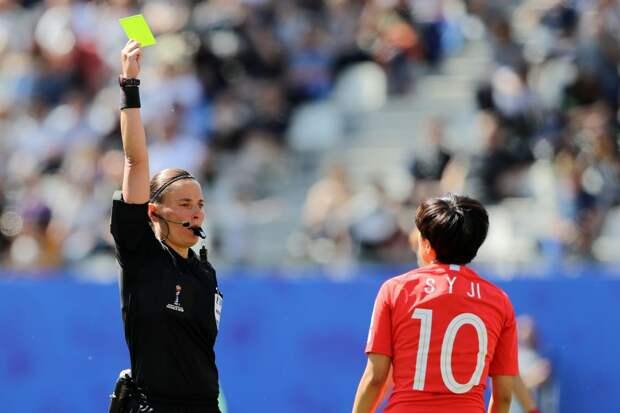 Пустовойтова обслужит полуфинальный матч женской Лиге чемпионов «Барселона» — ПСЖ»