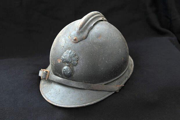Весьма удачную каску для окопной войны придумали во Франции. |Фото: warspot.ru.